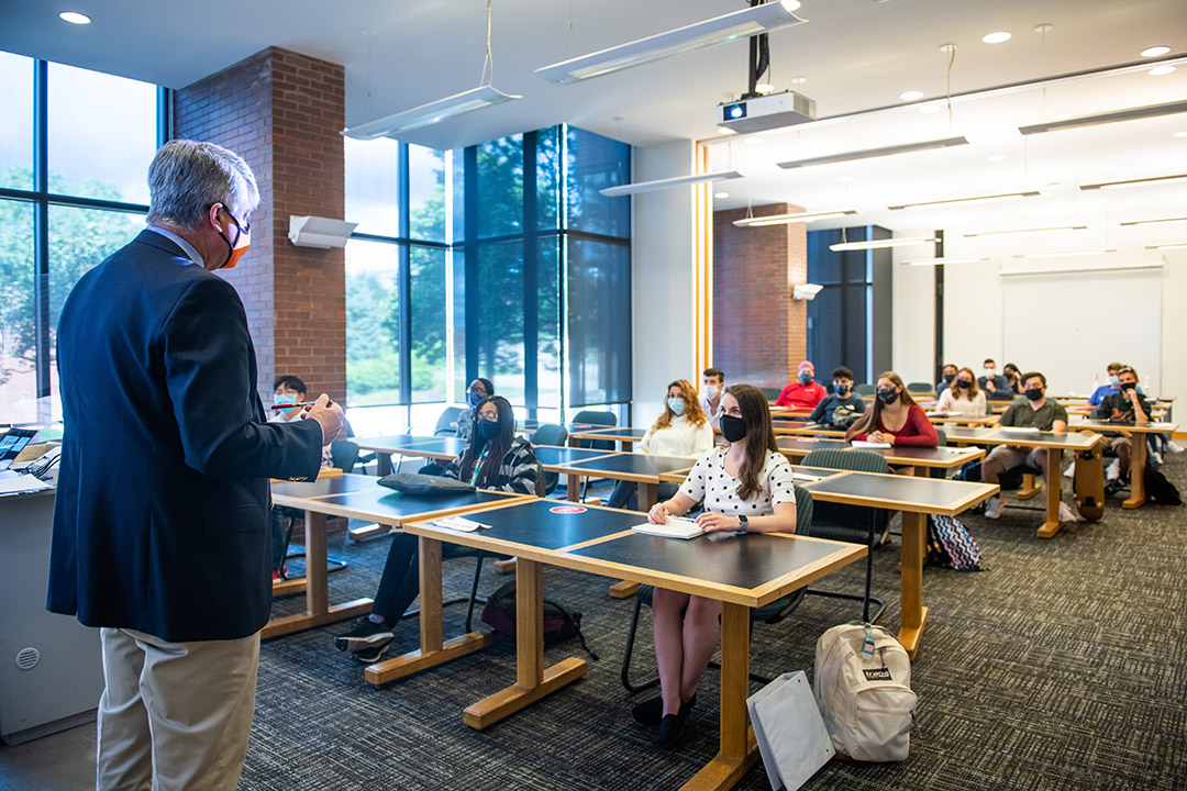RIT's Saunders College of Business jumps 33 spots in Poets&Quants nationwide listing