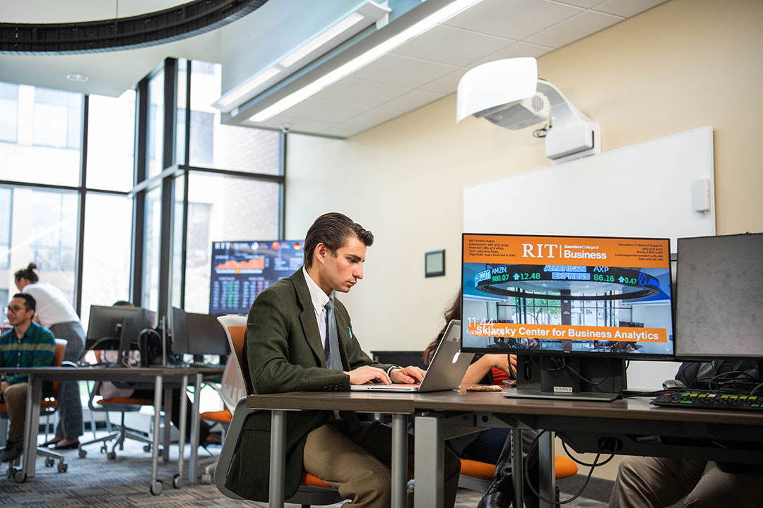 Management information systems graduate will stay at RIT's Saunders College to pursue an MBA