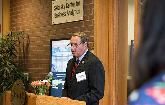 RIT Saunders College of Business names lab in honor of Sklarsky family